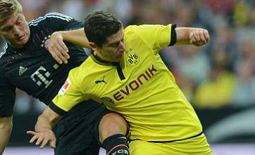 Dortmund hint Manchester United wanted Robert Lewandowski before Robin Van Persie