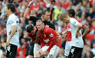 Wayne Rooney out for 4 weeks after hideous slashed thigh injury
