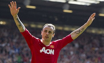 Dimitar Berbatov undergoes Fulham medical as he nears Manchester United exit
