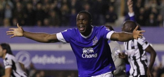 Everton's Victor Anichebe appeals to the linesman