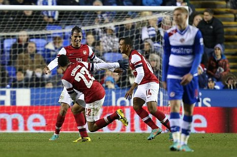 Arsenal's Marouane Chamakh scores against Reading 5-7 Capital One Cup
