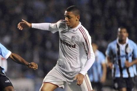 Chelsea, Wallace Oliveira Santos.