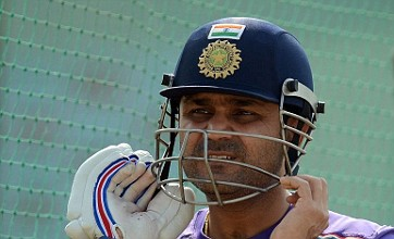 Virender Sehwag returns to old ways to terrorise England in first Test
