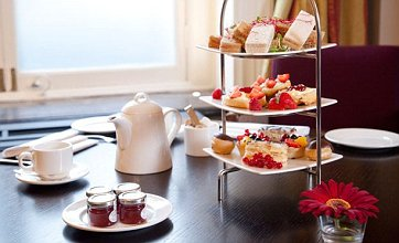 Indulge at Britain's top champagne afternoon tea spots