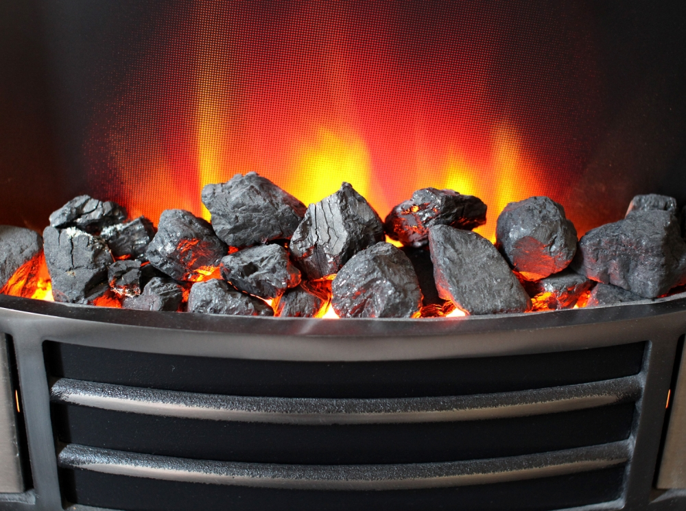 300,000 more homes will be in fuel poverty by Christmas (Picture: PA)