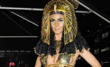 Heidi Klum's Cleopatra rules Halloween as she finally throws party
