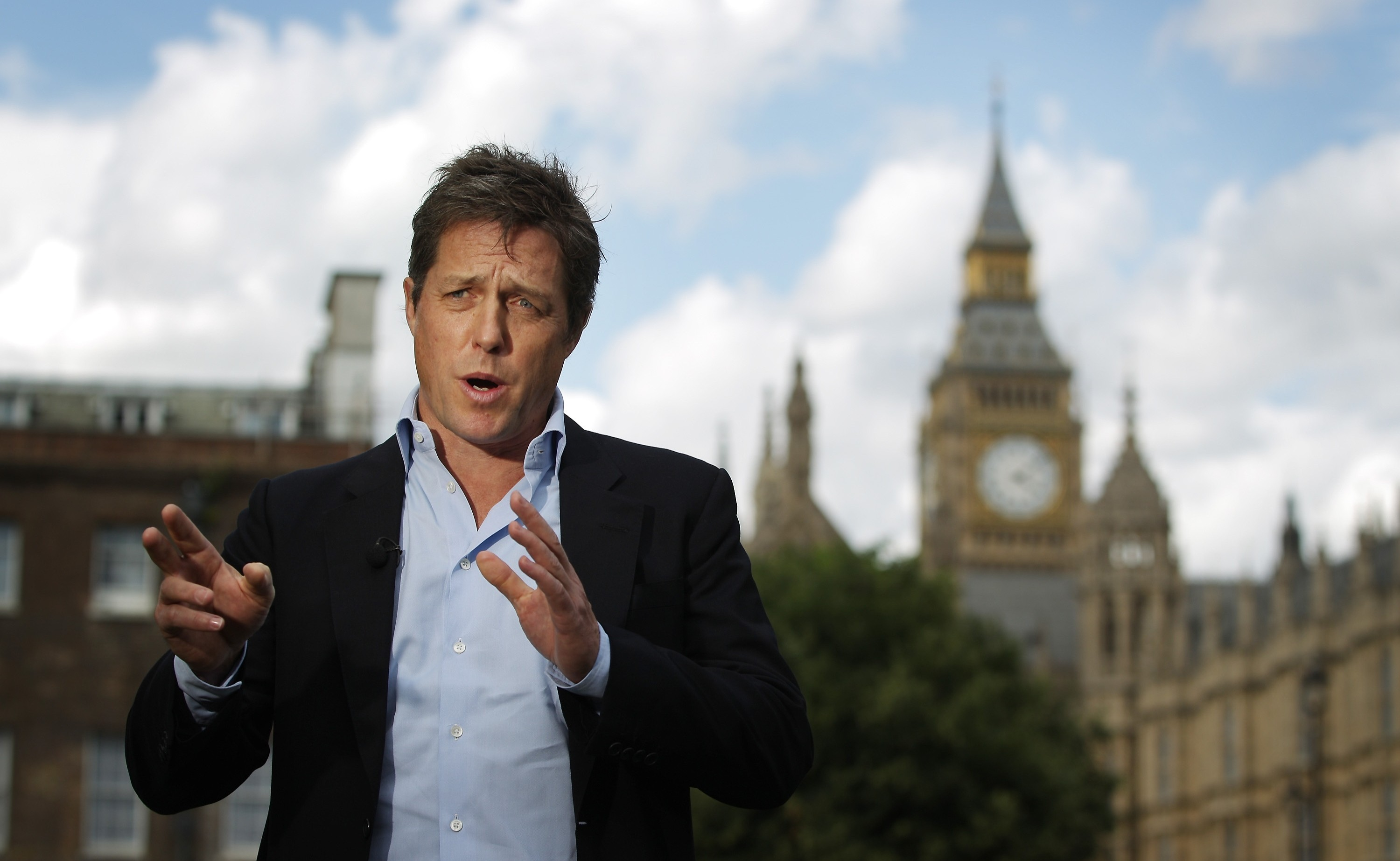 Hugh Grant accepts 'substantial sum' after settling phone-hacking claim
