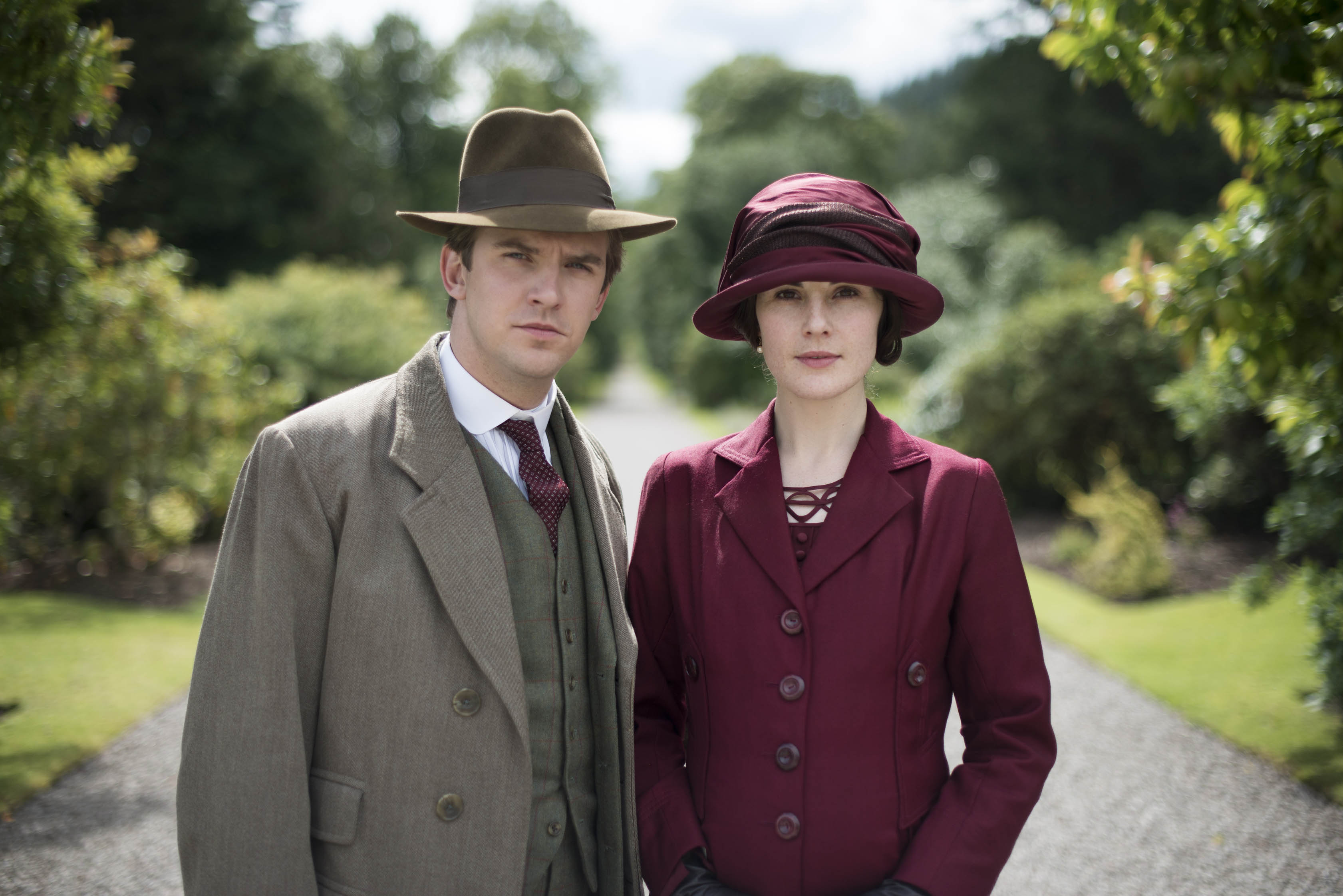 Downton Abbey Christmas special pulls in 7.3m viewers as Matthew Crawley meets shock death