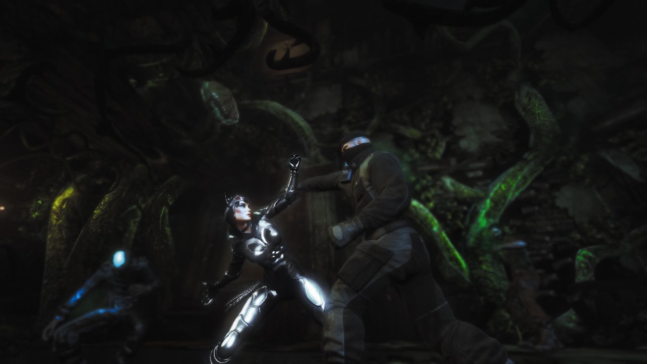 Batman: Arkham City - Armoured Edition (Wii U) – what is Catwoman wearing?
