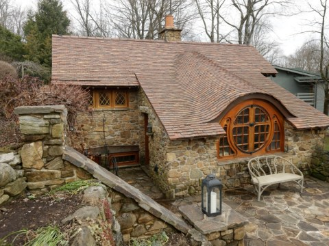 Hobbit House in Chester County, Philadelphia, USA