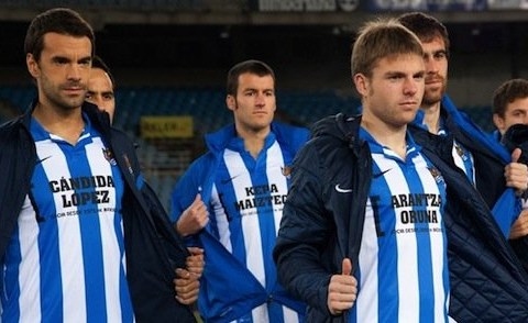 Real Sociedad stitch fans' names on front of their shirt instead of a sponsor