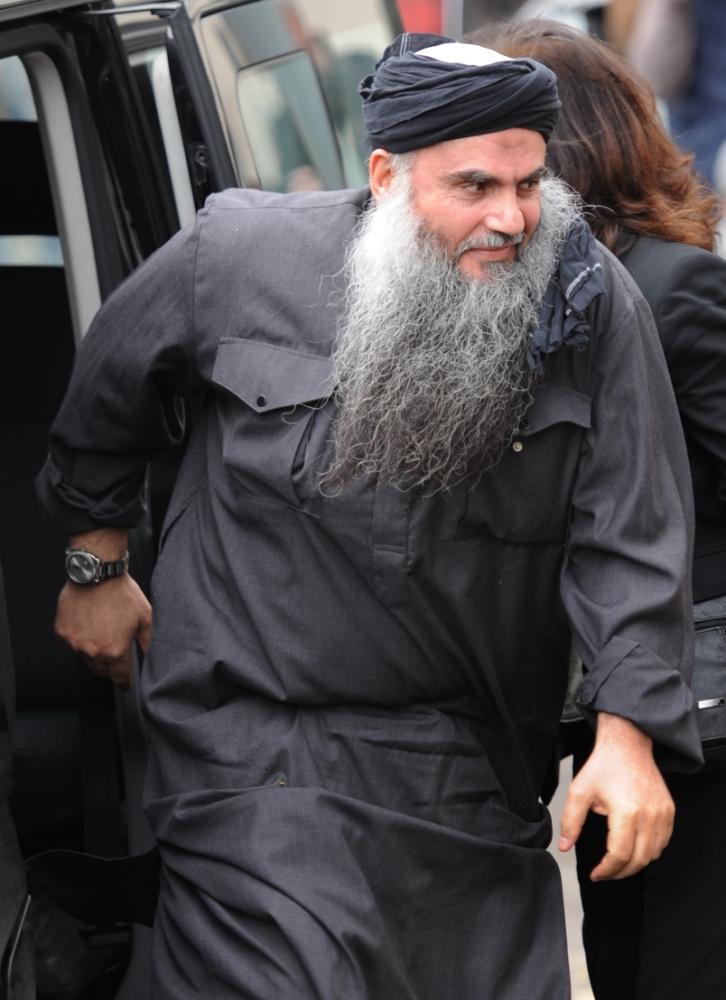 Abu Qatada receives £500,000 in UK legal aid to fight deportation