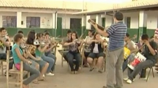 Paraguay's recycled orchestra