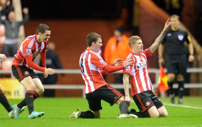 James McClean got the ball rolling for Sunderland after just three minutes against Reading (Picture: PA)