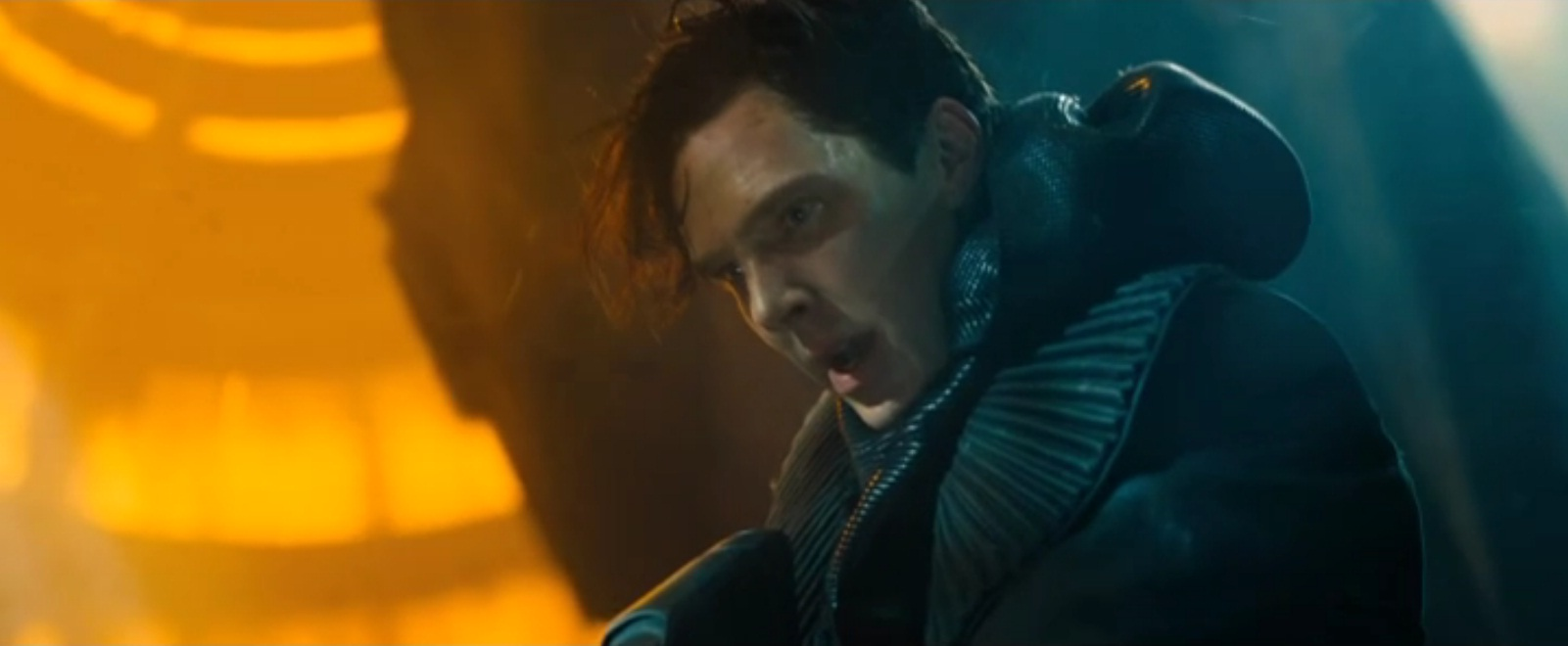 Benedict Cumberbatch seeks vengeance in Star Trek Into Darkness teaser trailer