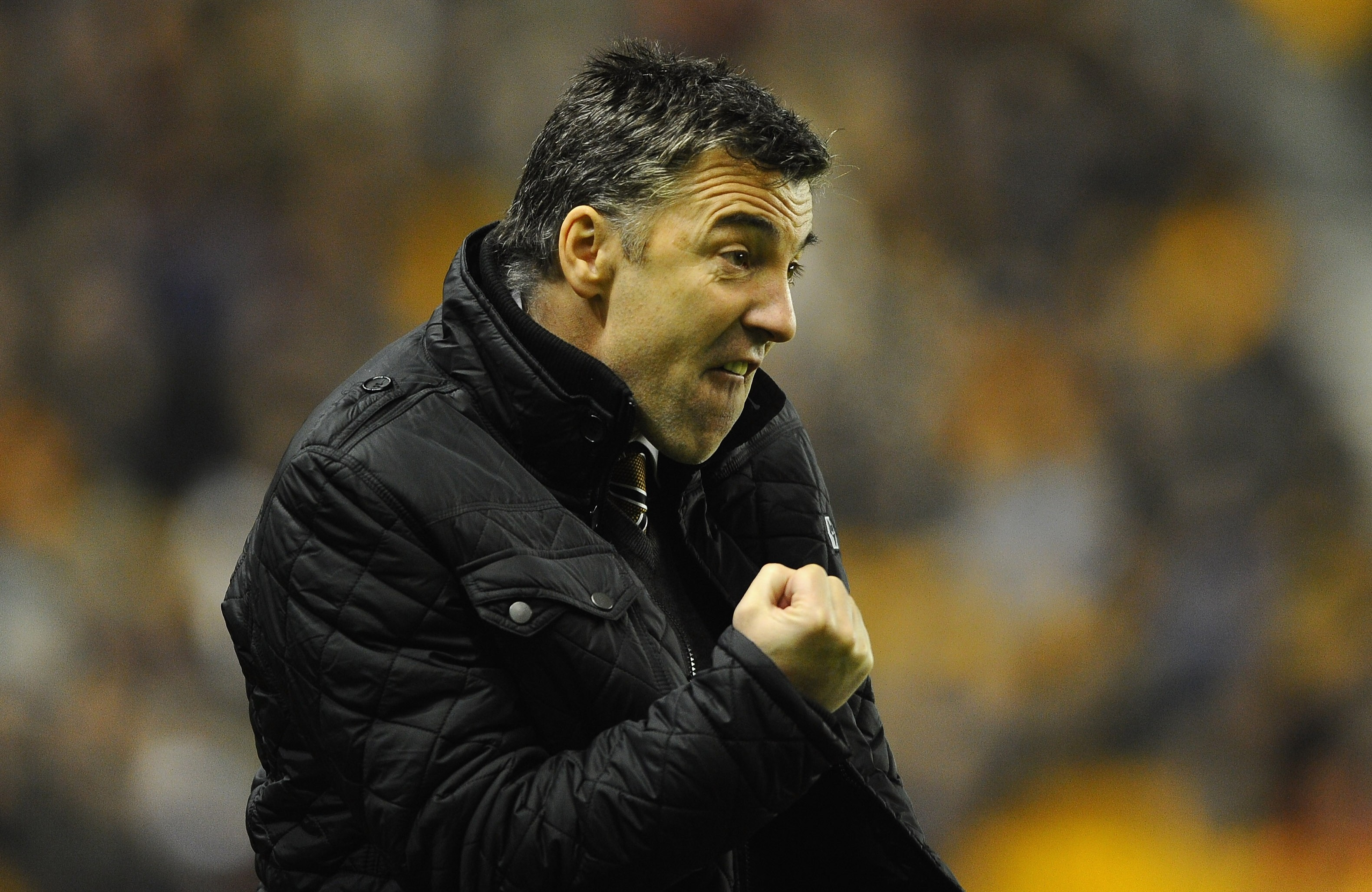Wolves boss Dean Saunders bans his players from eating McDonalds