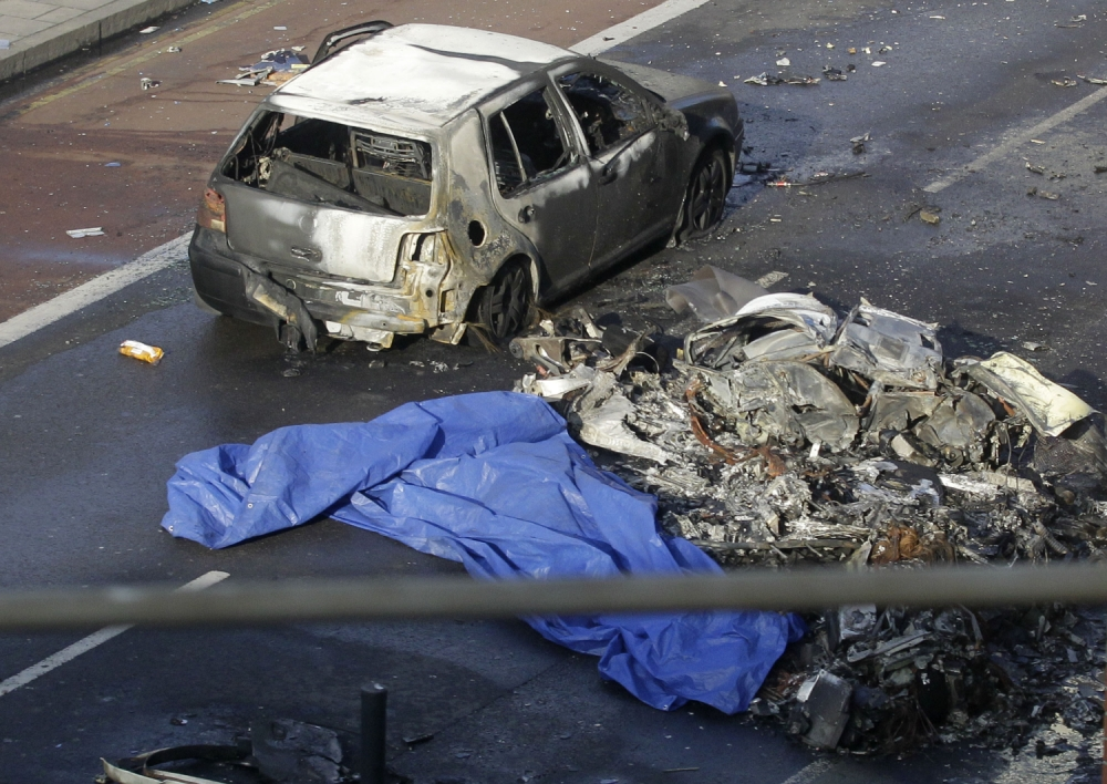 Gallery: Vauxhall helicopter crash London 2013
