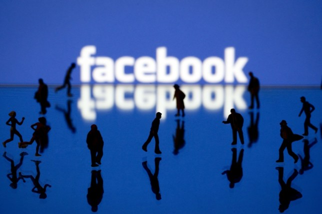 8 of the best Facebook tricks, tools and hacks you should