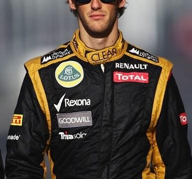 Crash-prone Romain Grosjean vows to play it safe for Lotus