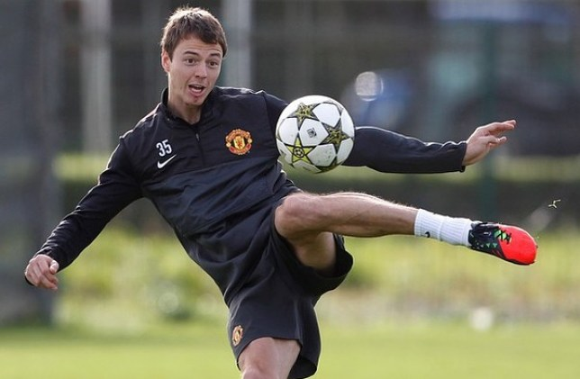 Jonny Evans admits Manchester United players know the pressure is on (Picture: Getty)