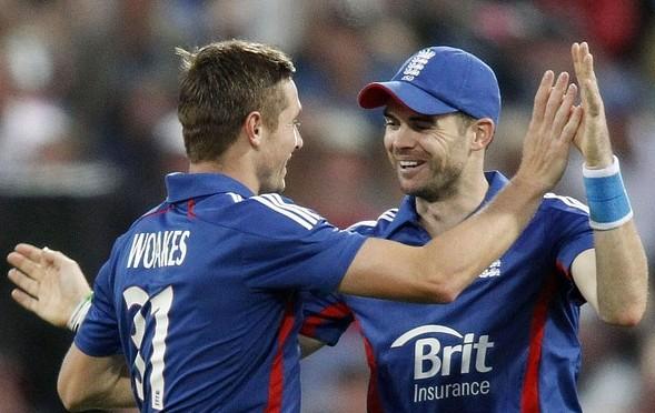 James Anderson of England congratulates Chris Woakes