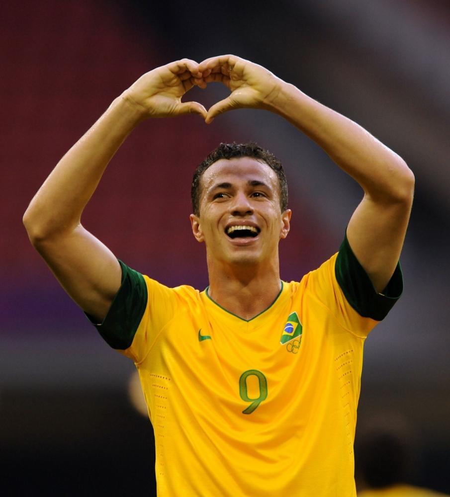 Leandro Damiao on Spurs bid: Thanks, but no thanks