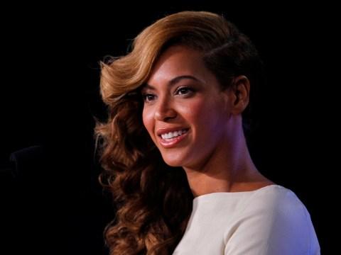 Beyoncé makes love to Jay-Z to calm Super Bowl nerves