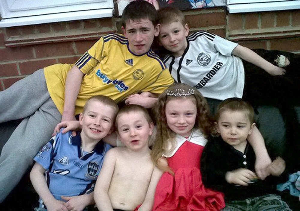 Father Mick Philpott 'killed 6 children in blaze to frame lover'