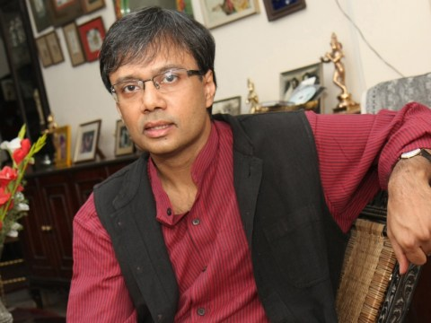 Author Amit Chaudhuri: My e-reader allows me to transport the universe