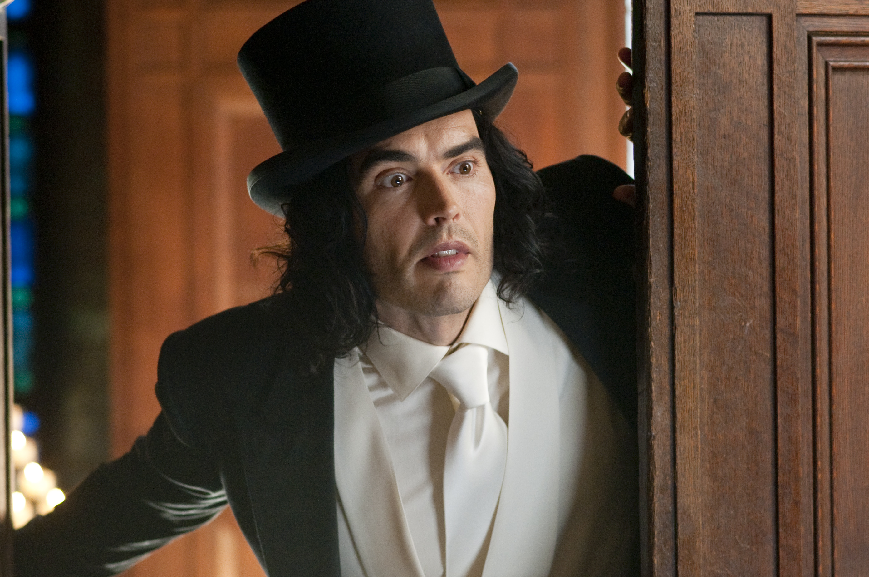 Russell Brand admits Arthur remake was a 'mistake'