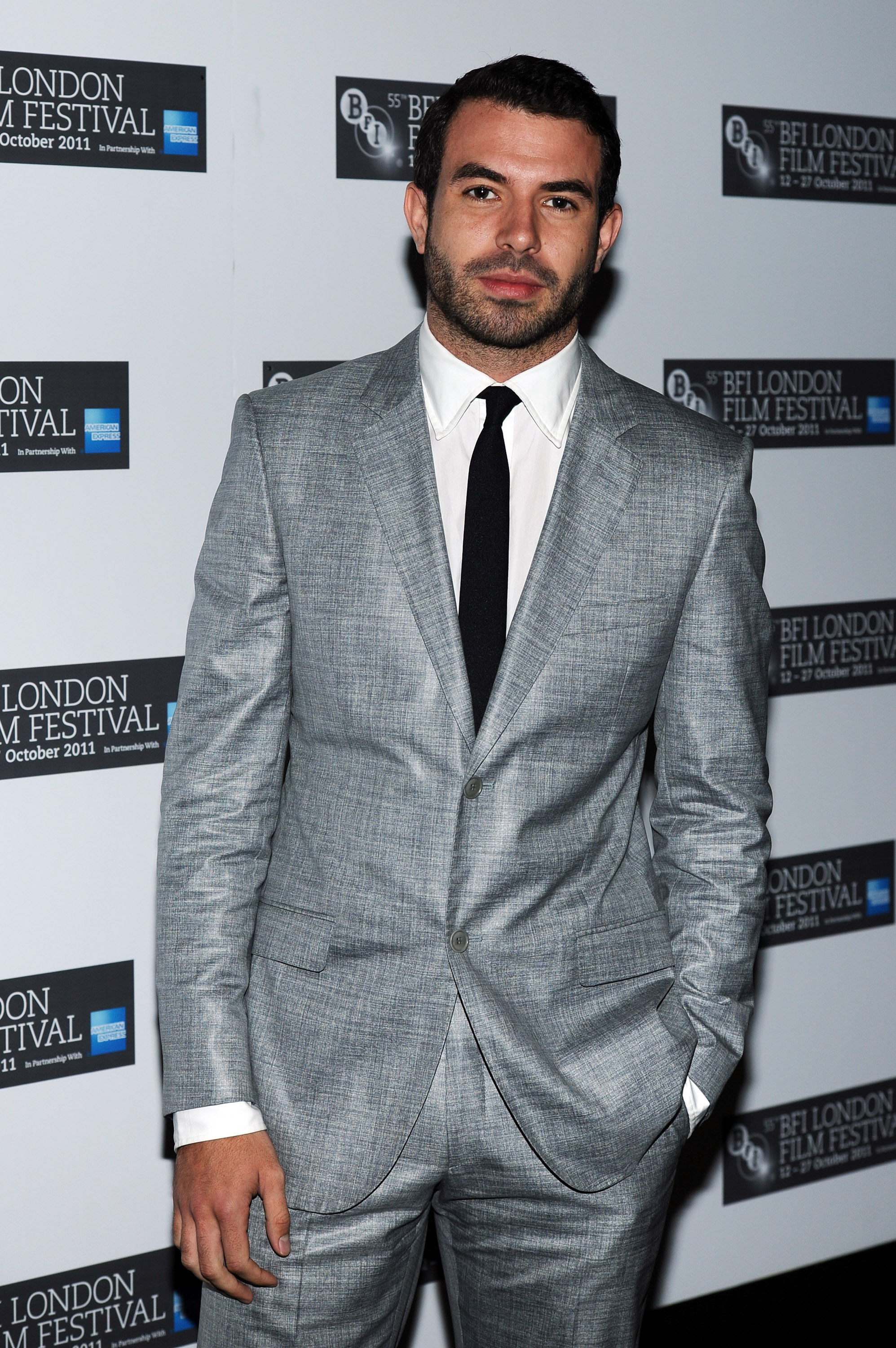 Downton Abbey's Tom Cullen would rather make his granny proud than head off to America in search of fame