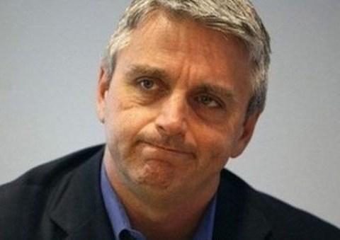 EA boss John Riccitiello resigns over low share price