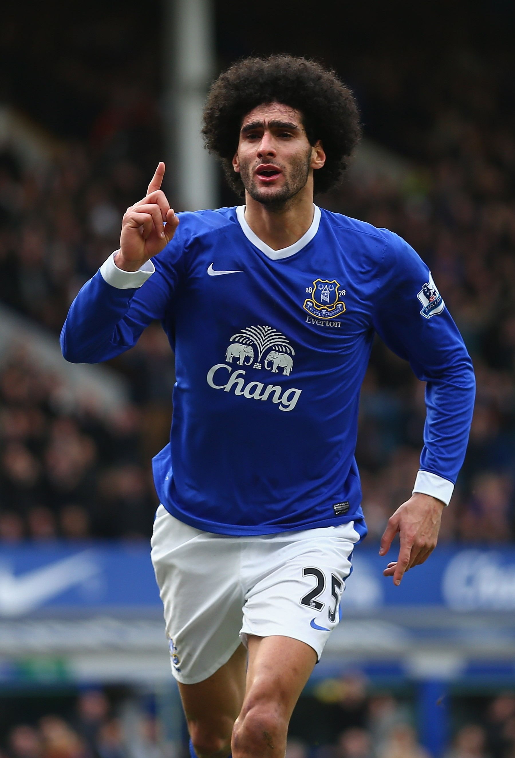 Marouane Fellaini may go to Manchester United, concedes Everton chairman Bill Kenwright