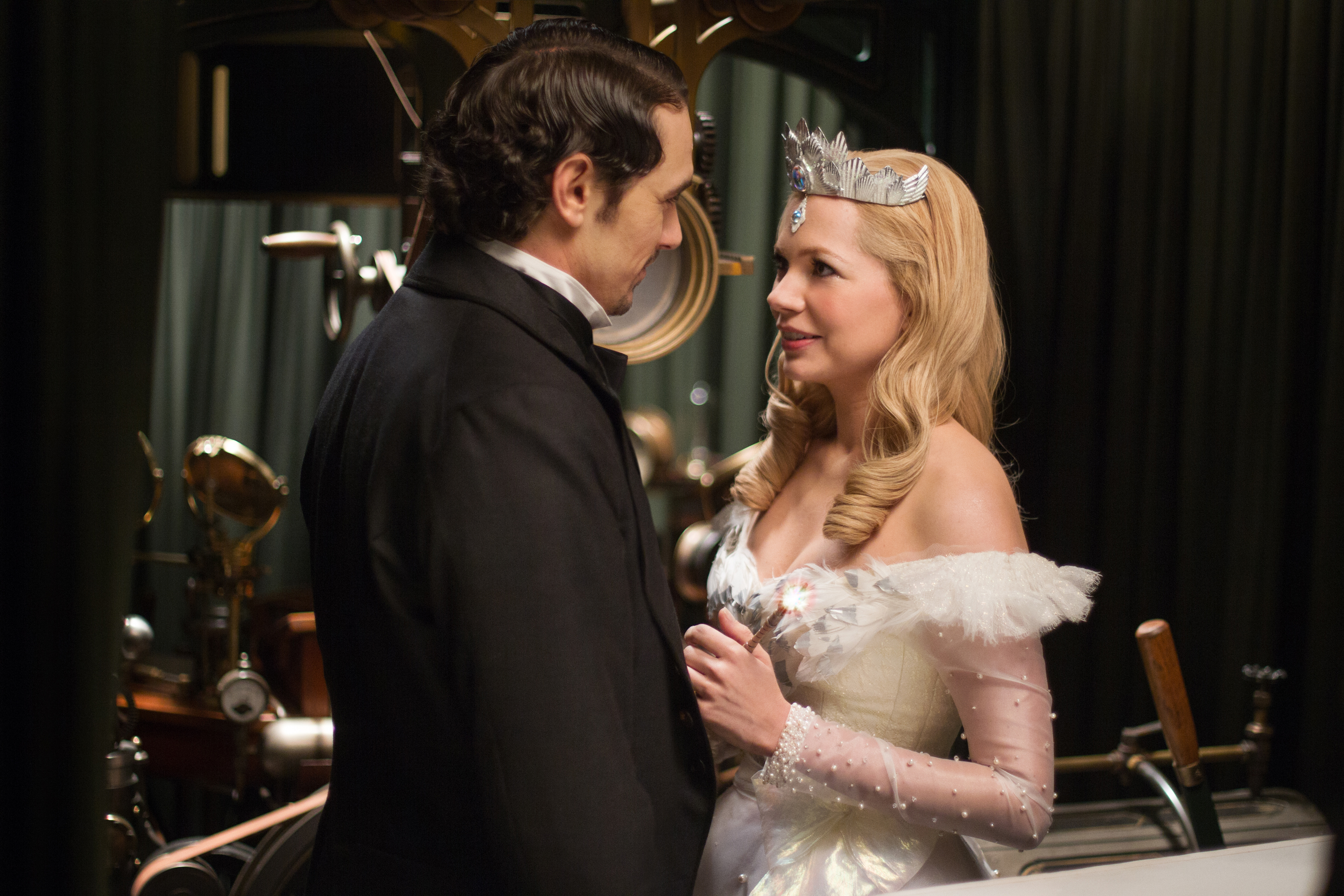 Oz the Great and Powerful beats Side Effects to No. 1 at UK box office