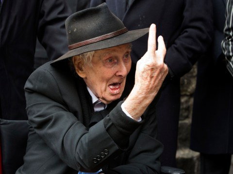 Gallery: Ronnie Biggs attends funeral for Bruce Reynolds