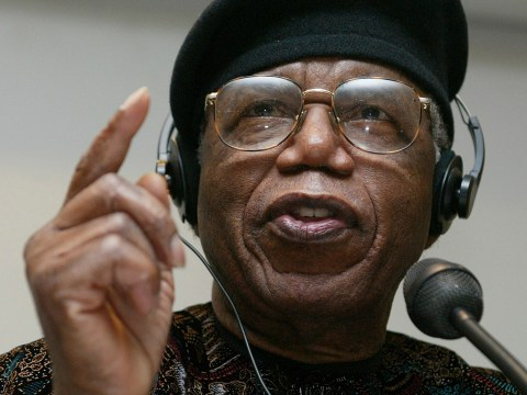 Nigerian author Chinua Achebe dies aged 82, authorities confirm