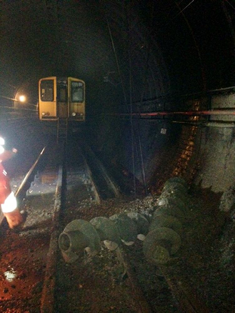 Tunnel near Old Street, drills through wall
