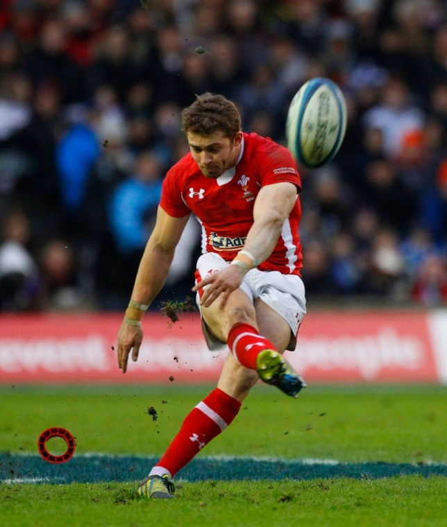 Wales' Leigh Halfpenny scores with a penalty kick against Scotland during their Six Nations rugby match at Murrayfield stadium in Edinburgh, Scotland March 9, 2013. REUTERS/David Moir (BRITAIN - Tags: SPORT RUGBY)