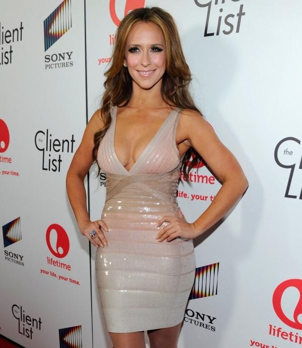 Jennifer Love Hewitt News