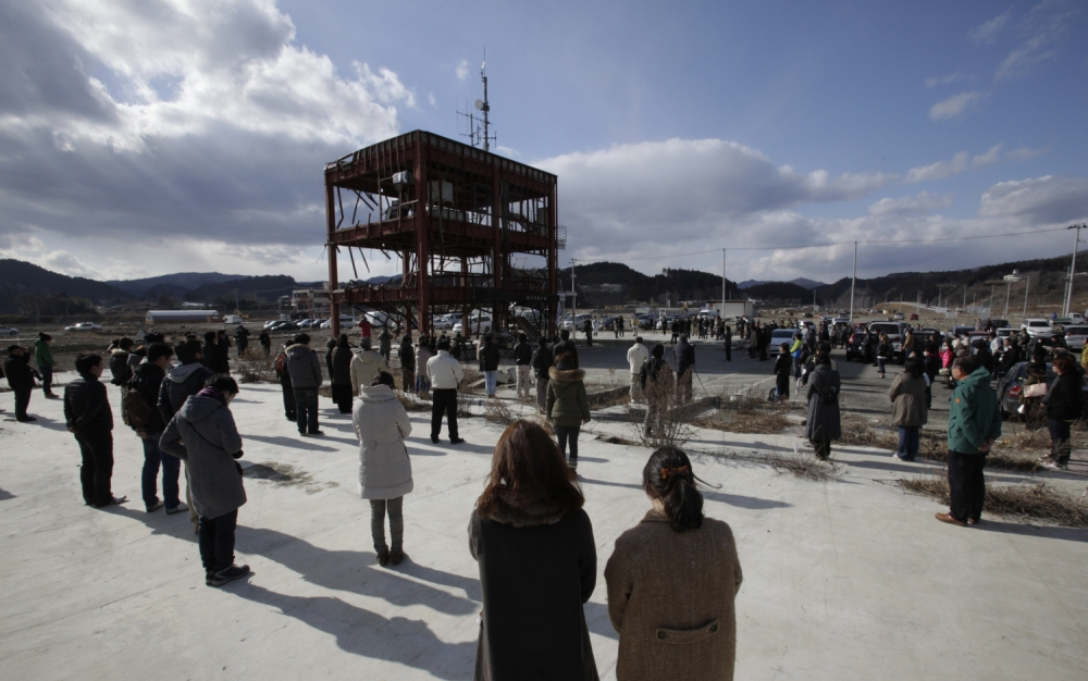 'Miracle tree' that survived Japan's tsunami preserved as a sculpture to honour 19,000 who died
