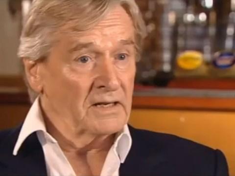 Coronation Street star Bill Roache apologises over sex abuse remarks