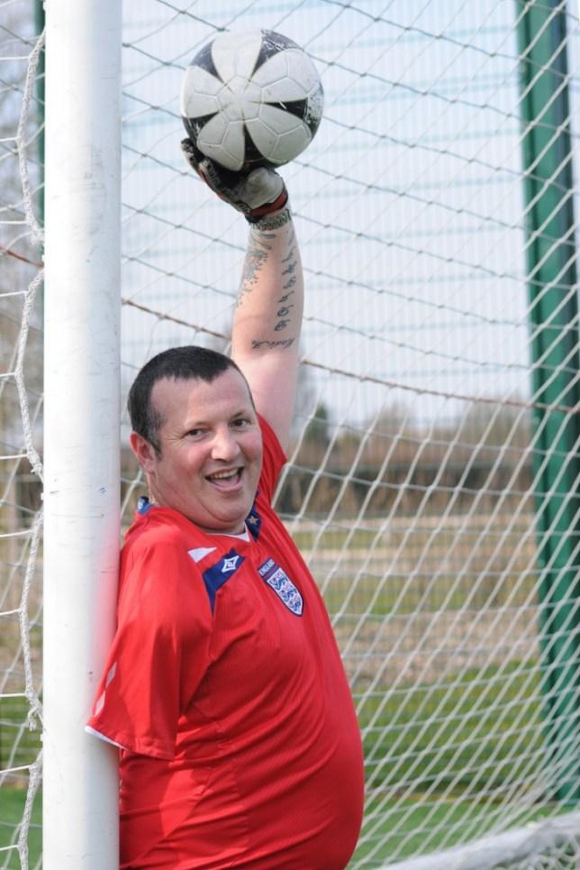 Robert Lovejoy one-armed goalkeeper