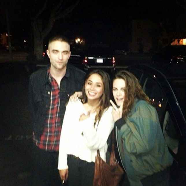 20 MARCH 2013 ROBERT PATTINSON AND KRISTEN STEWART SEEN IN THIS GREAT CELEBRITY TWITTER PICTURE! BYLINE MUST READ : SUPPLIED BY XPOSUREPHOTOS.COM *XPOSURE PHOTOS DOES NOT CLAIM ANY COPYRIGHT OR LICENSE IN THE ATTACHED MATERIAL. ANY DOWNLOADING FEES CHARGED BY XPOSURE ARE FOR XPOSURE'S SERVICES ONLY, AND DO NOT, NOR ARE THEY INTENDED TO, CONVEY TO THE USER ANY COPYRIGHT OR LICENSE IN THE MATERIAL. BY PUBLISHING THIS MATERIAL , THE USER EXPRESSLY AGREES TO INDEMNIFY AND TO HOLD XPOSURE HARMLESS FROM ANY CLAIMS, DEMANDS, OR CAUSES OF ACTION ARISING OUT OF OR CONNECTED IN ANY WAY WITH USER'S PUBLICATION OF THE MATERIAL* **UK CLIENTS MUST CALL PRIOR TO TV OR ONLINE USAGE PLEASE TELEPHONE 44 208 370 0291**