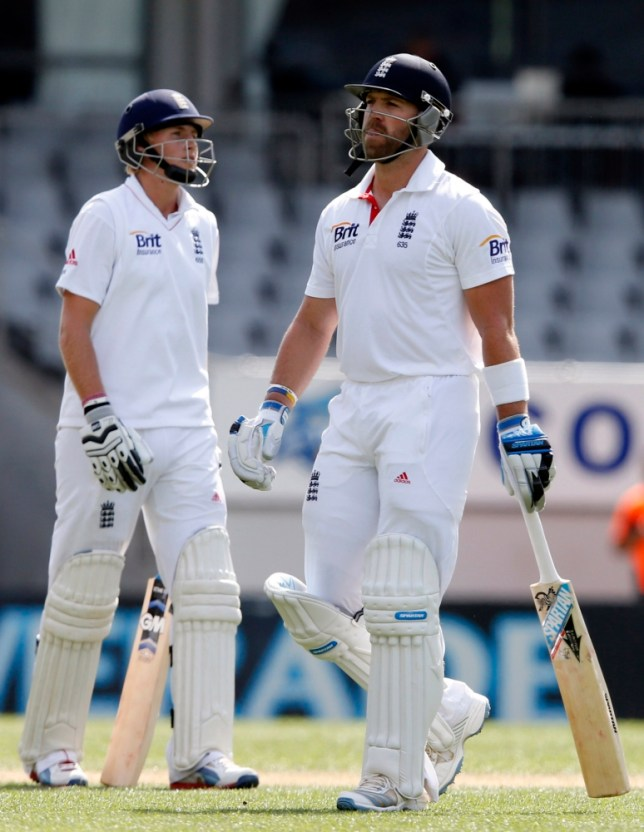 Matt Prior (R) of England walks off past Joe Root after being dismissed for 73 on day three of their final cricket test against New Zealand at Eden Park in Auckland March 24, 2013.   REUTERS/Nigel Marple (NEW ZEALAND - Tags: SPORT CRICKET)