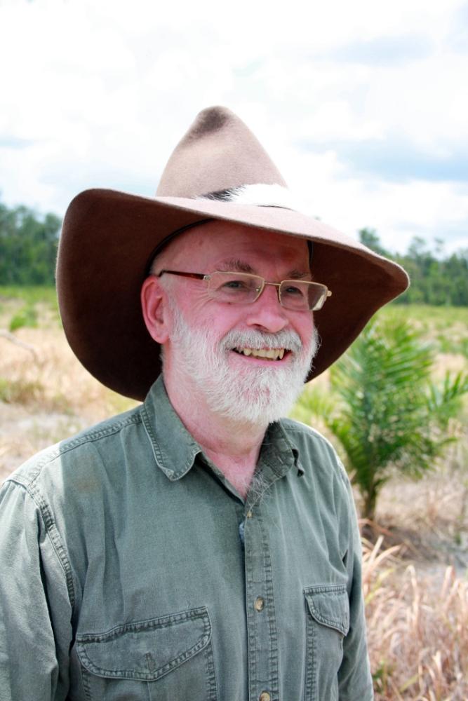 Terry Pratchett Facing Extinction takes a trip to Borneo