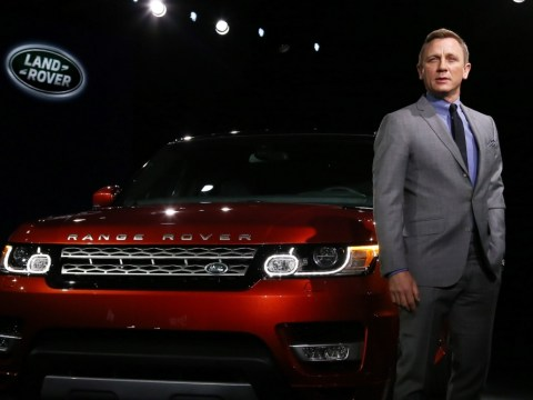 Gallery: Daniel Craig brings Manahttan to a standstill in the new Range Rover Sport