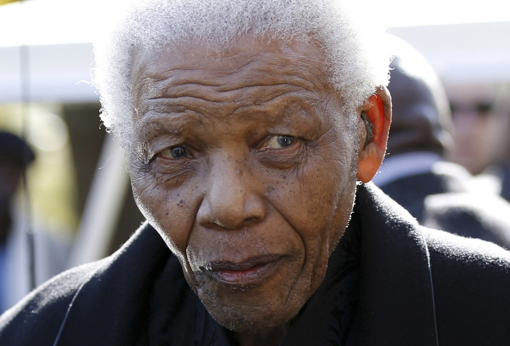 Nelson Mandela making 'steady improvement' as he recovers from pneumonia