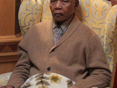 Nelson Mandela in 'permanent vegetative state', court documents show