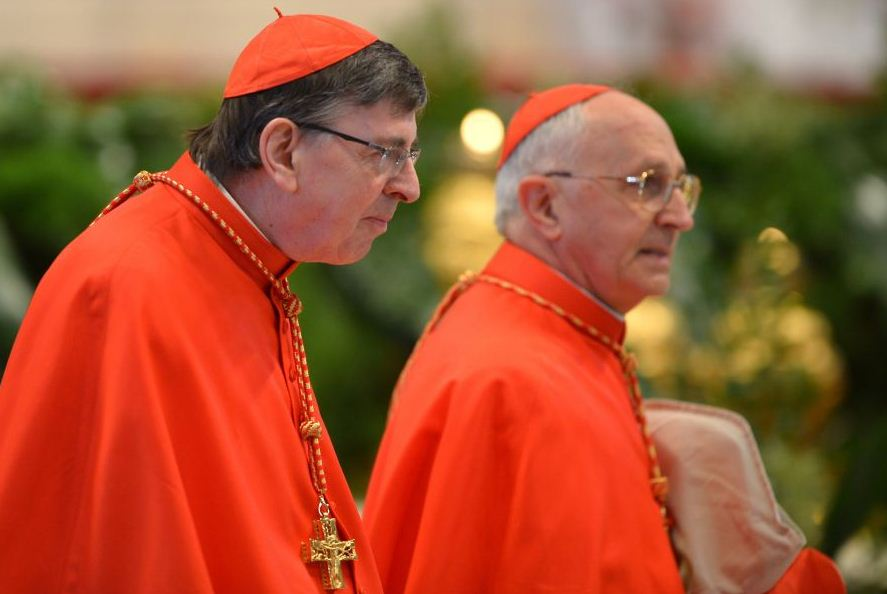 Papal conclave style: Dare to wear?