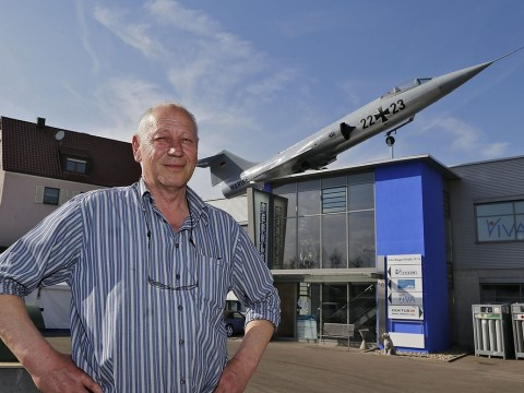 After 800 hours and £100,000, man proudly unveils jet on his roof